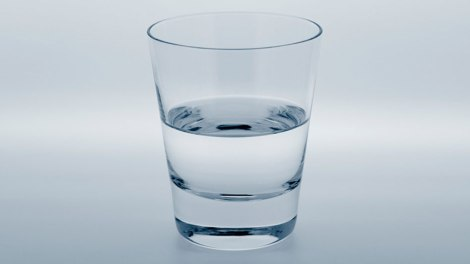 201208-omag-quiz-half-empty-glass-949x534